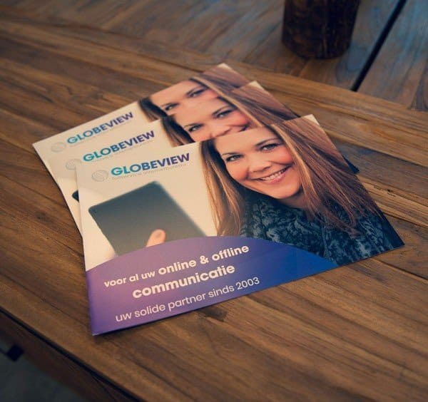Brochure over Globeview op tafel